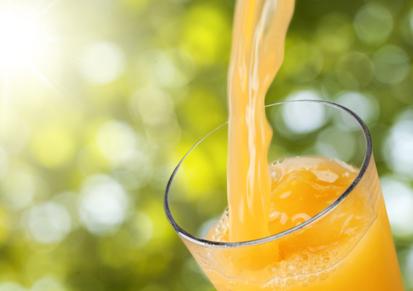 полезно ли запивать еду апельсиновым соком